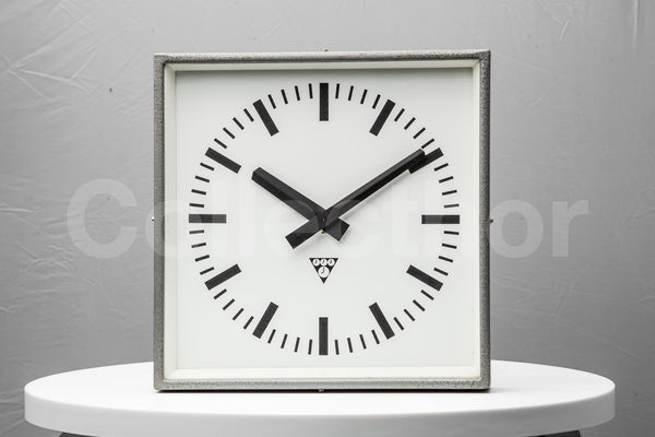 Polished Factory Clock - Gray Burned Steel