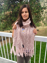 Load image into Gallery viewer, Cable Knit Scarves