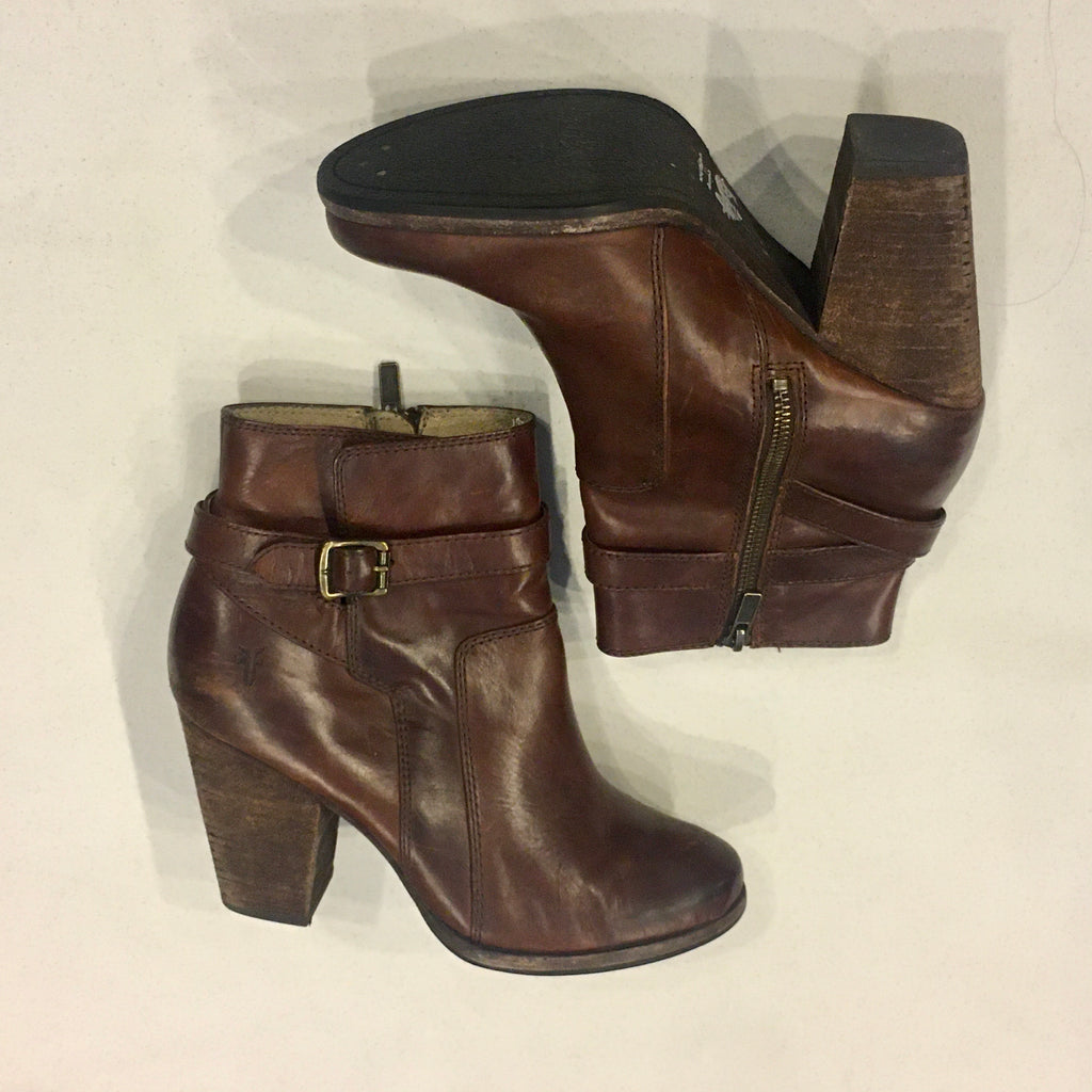 Frye brown ankle Boots