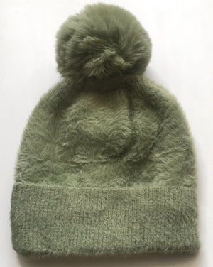 Winter Casual hat w/ Fuzzy Ball