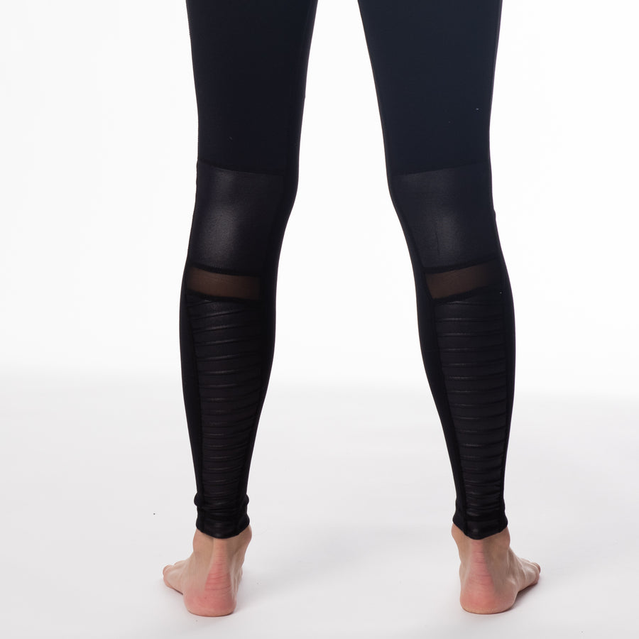 Moto maternity black legging, high waisted, stylish and comfy moto style for cool preggos