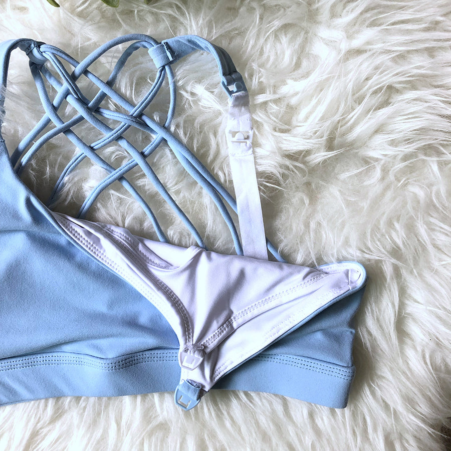 Océane 3 sports Bra doubled as a nursing bra, clip down nursing  hands free pumping, light blue, strappy back, stylish, adjustable back closure, comfy