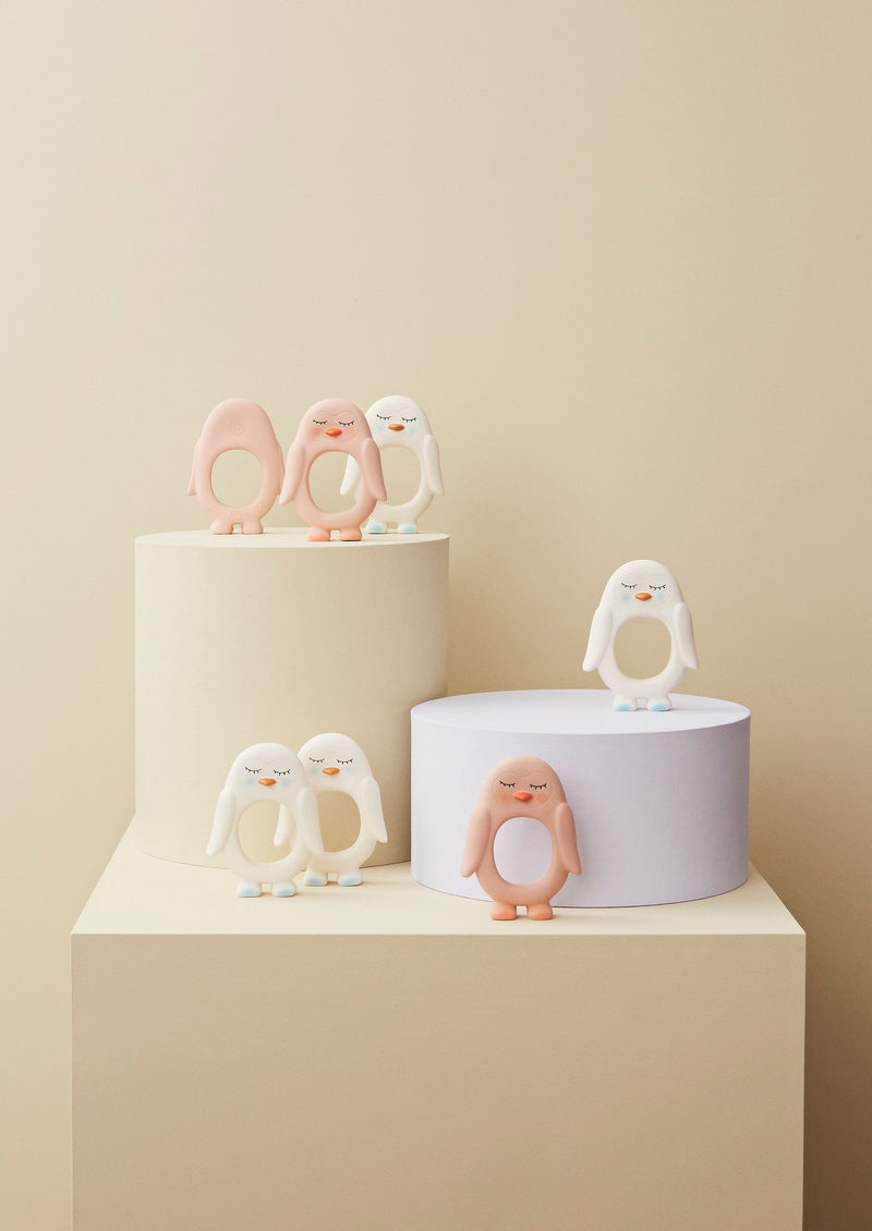 OYOY Living Design - OYOY MINI Pingvin Bidering Rubber Toy Rosa
