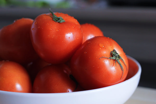 bowl of red tomatoes