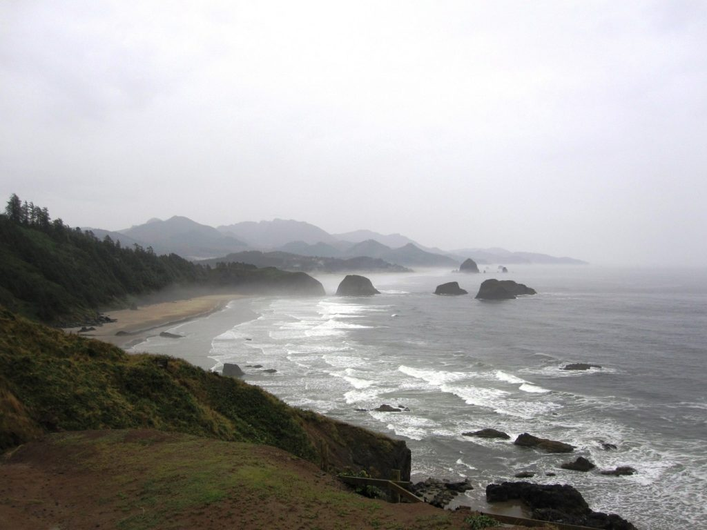 Rocky beach coastline at Ecola State Park in Oregon.