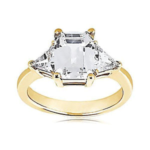 Big Ring 3.51 Ct. Diamonds And Yellow Gold Emerald Cut