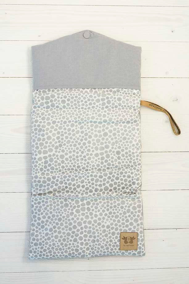 Nursing clutch - grey