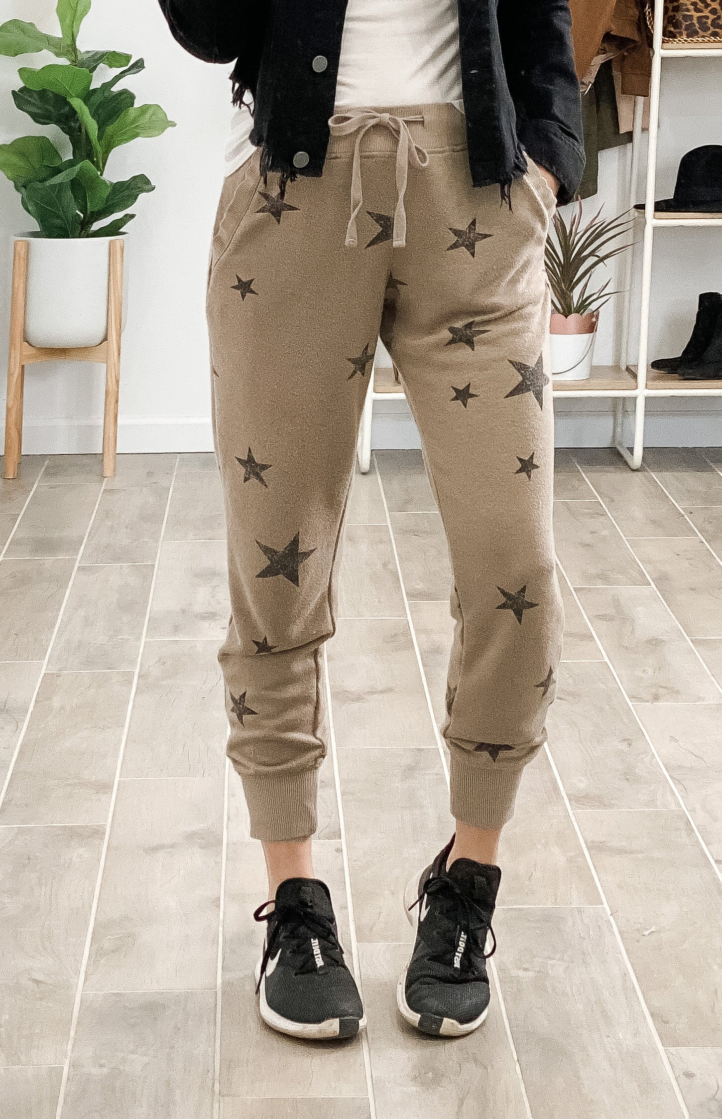 Star Graphic Print Jogger