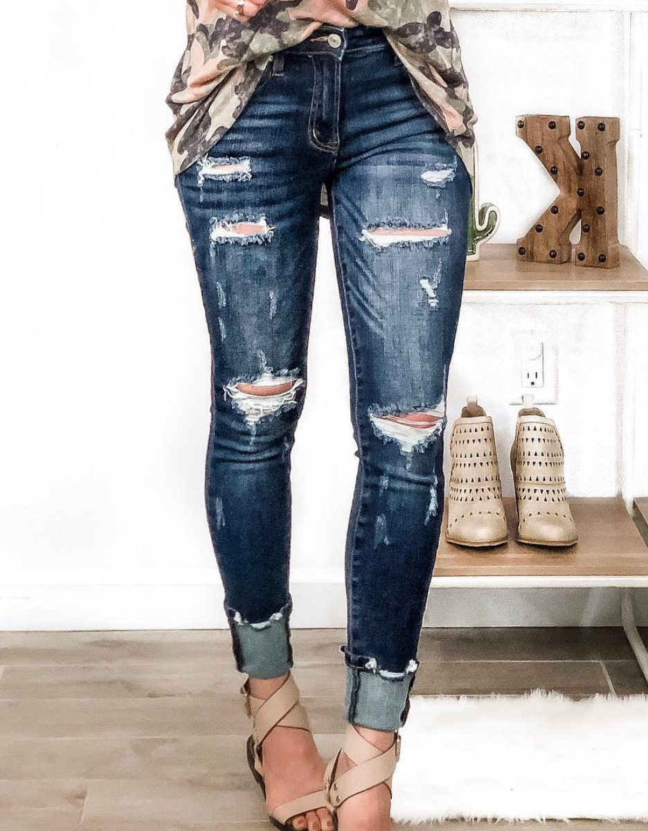 (0-3X & 2 washes) Destroyed Front Button Jean