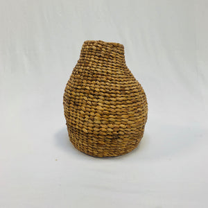 SMALL IRREGULAR BASKET