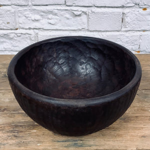 ANTIQUE MEDIUM WOODEN BOWL