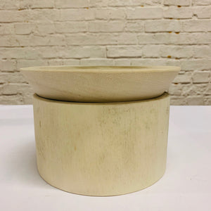 BLEACHED WHITE WOODEN POT