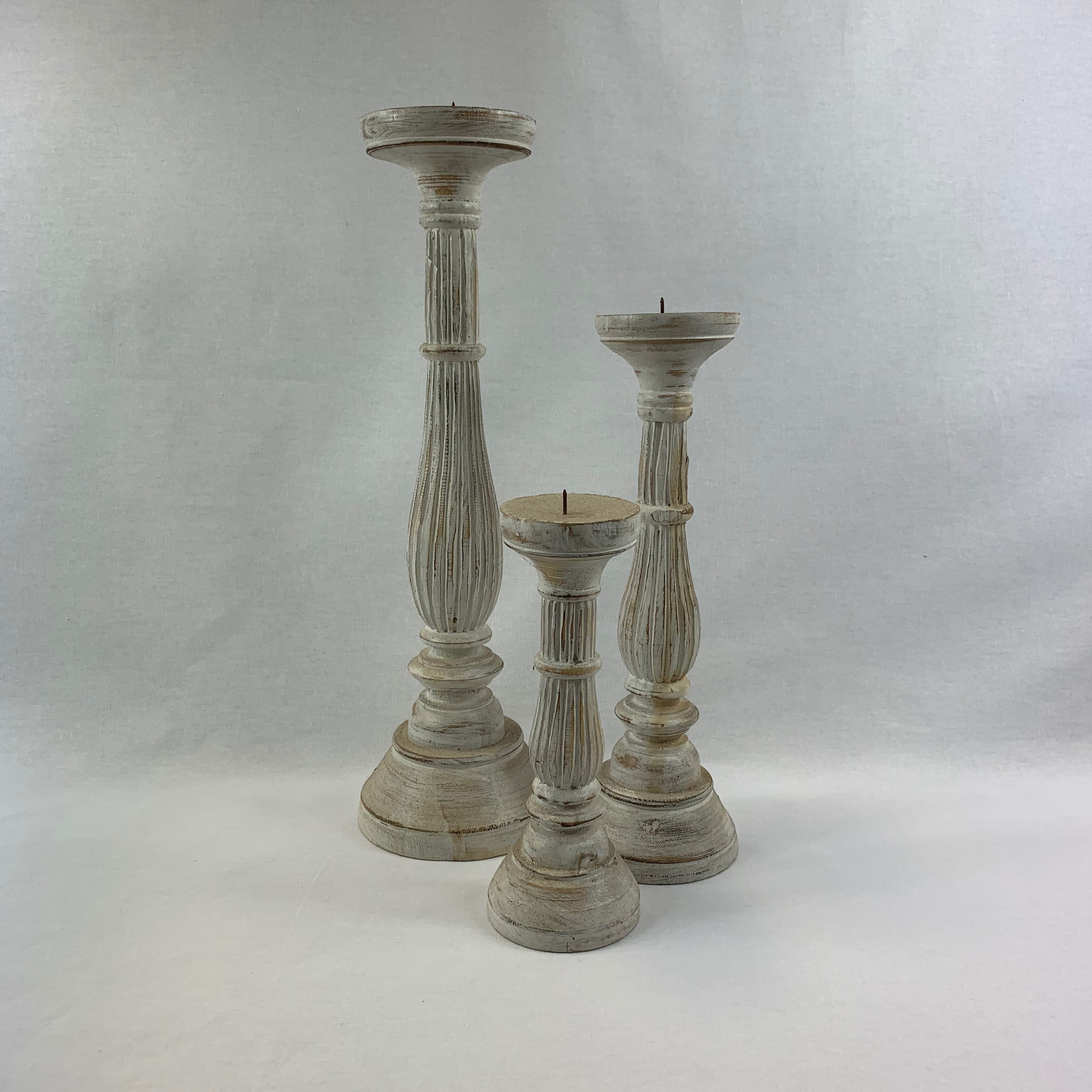 SET OF 3 WOODEN CANDLESTICK HOLDERS