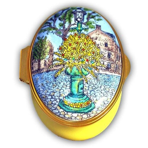 Daffodil Fountain Main Street Nantucket Pill Box (Retired)