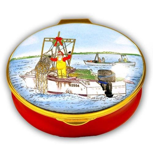 Santa Scalloping Nantucket Pill Box