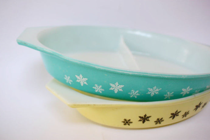Snowflake Pyrex Dishes