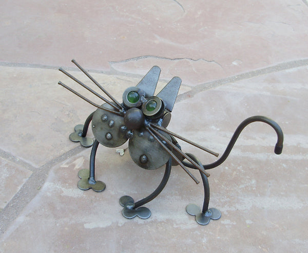 Checks The Cat - Metal Garden Sculpture by Yardbirds