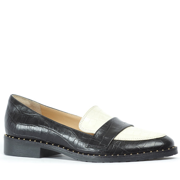 Karlya Loafer