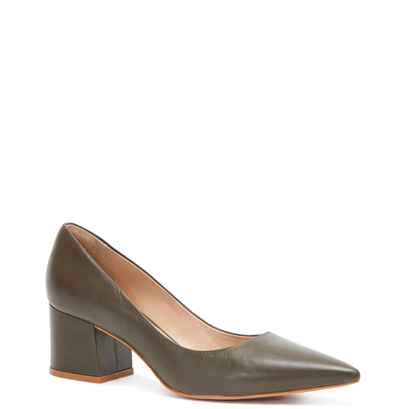 Kathryn Wilson women's leather heel in a olive colourway on a white background.