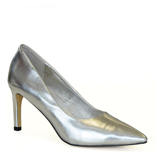 Kathryn Wilson women's leather heel in a silver colourway on a white background.