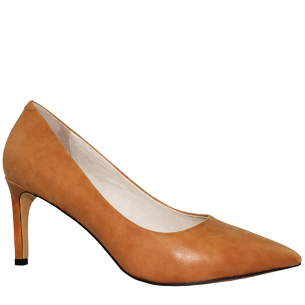 Kathryn Wilson women's leather heel in a tan colourway on a white background.