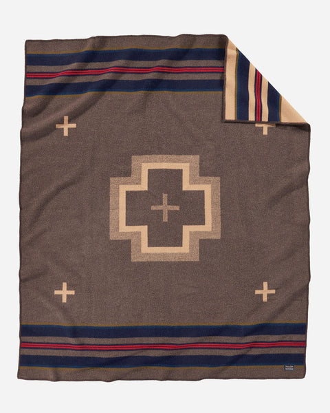 Shelter Bay Blanket Brown