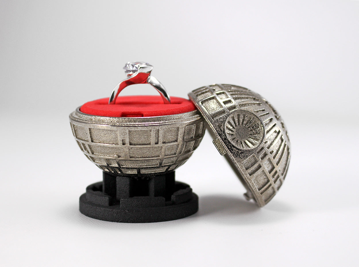 Black Star Nerdy Ring Box