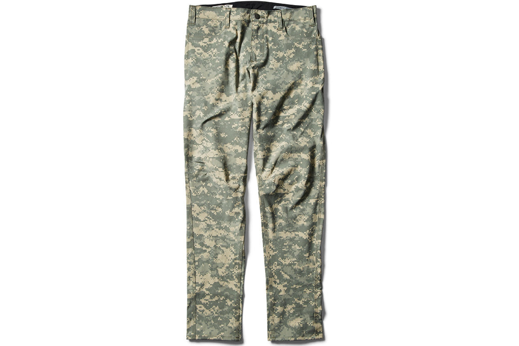 SALE! DIGI CAMO _blk label REGULAR TROUSERS