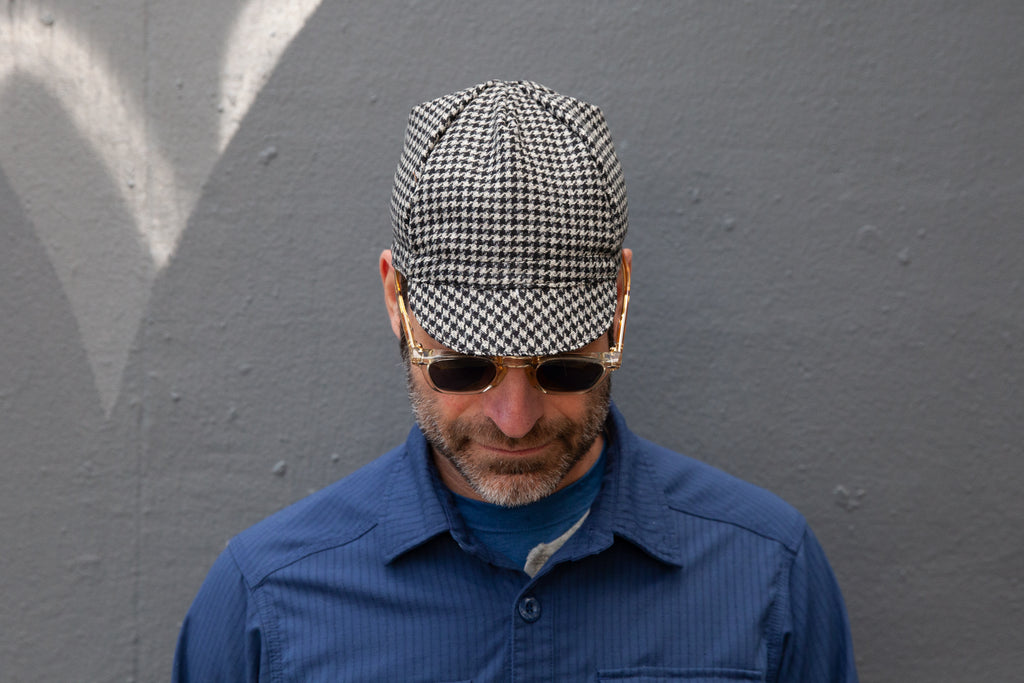 BLACK & WHITE HOUNDSTOOTH midweight wool CAP