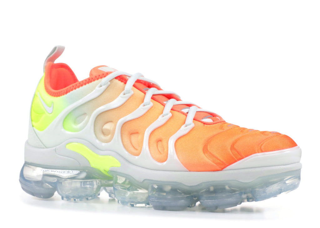 "Wmns Nike Air Vapormax Plus ""Barely Grey"""