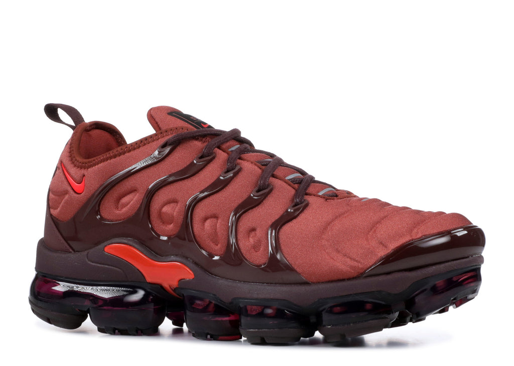 "Wmns Nike Air Vapormax Plus ""Habanero Red"""