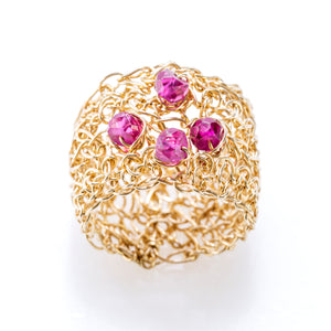 BAND RING GOLD AND RUBIES