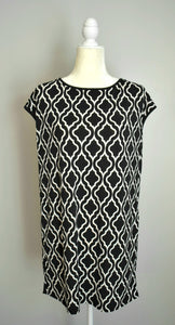 Black & White Tunic with Pockets