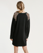 Load image into Gallery viewer, Leopard Print & Black Long Sleeve Dress