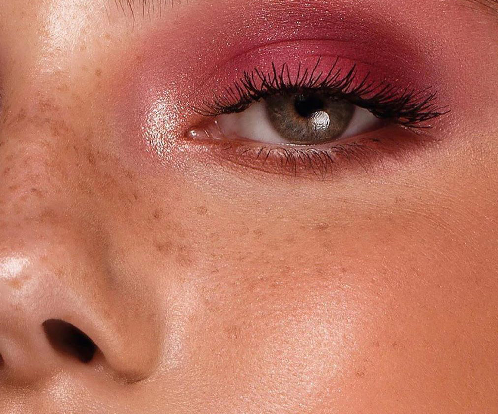 Looks by Lexington | Fake Freckles Tutorial