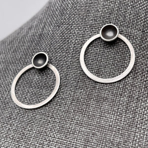 Circles in circle post earring