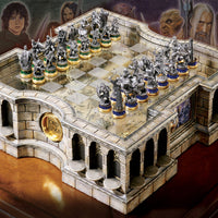 Lord of the Rings Collectors Chess Set The Noble Collection