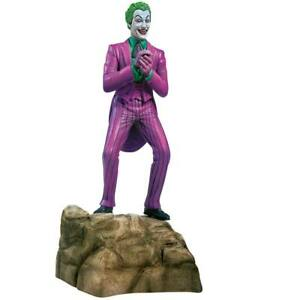 MOEBIUS 956 1/8 1966 JOKER PLASTIC MODEL KIT