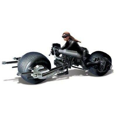 MOEBIUS 938 CATWOMAN W/BAT-POD PLASTIC MODEL KIT