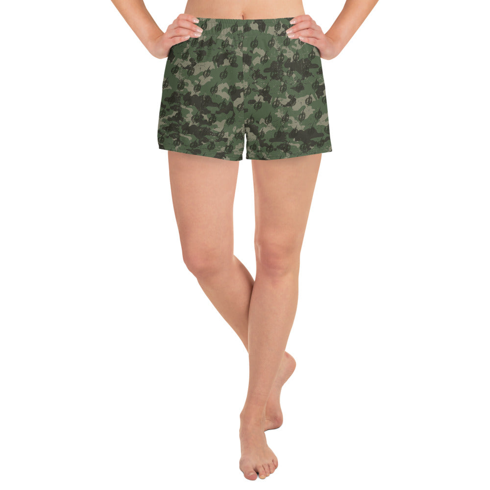Camo Power Bolt Women's Athletic Short Shorts (Green/Black)