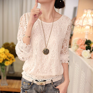 Long-sleeved shirt with thin small lace stitching
