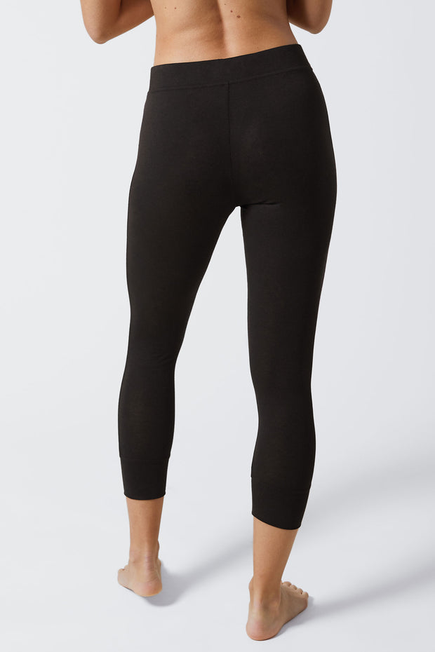 Fresh Cotton High-Waist Crop Legging in Black Back View Close Up