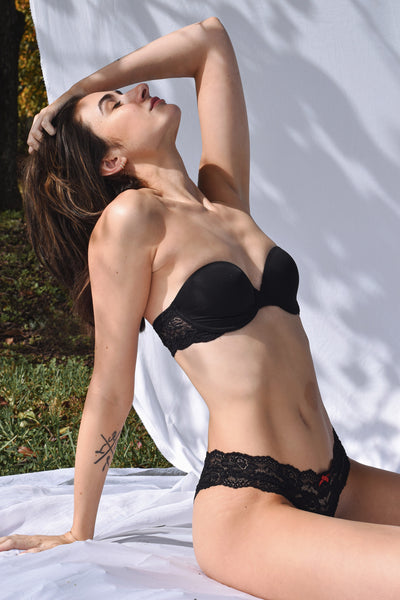 Goddess Multi-Way Strapless Bra in Black Front Image