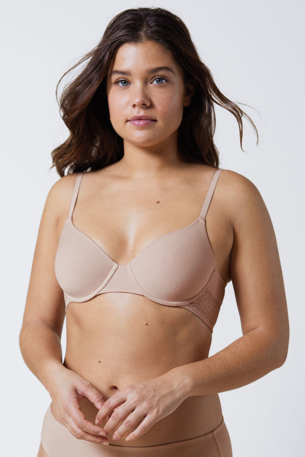 Petal Multi-Way Cotton T-Shirt Bra in Cashmere Front View Close Up