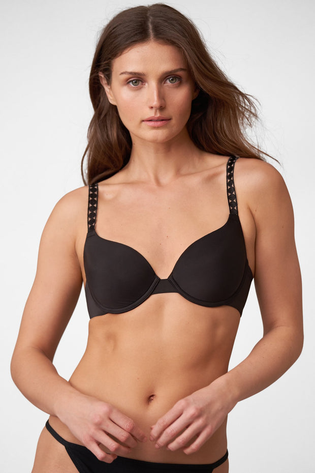 Swoon T-Shirt Bra in Black Front View