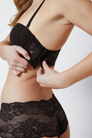 Strut Multi-Way Strapless Bra in Black Side View Close Up