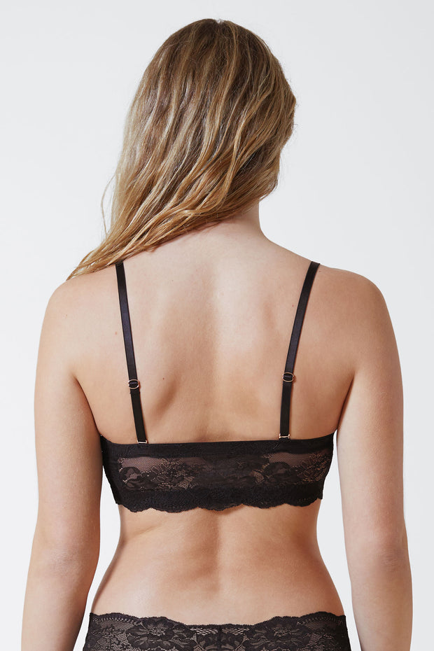 Strut Multi-Way Strapless Bra in Black Regular Straps Back View