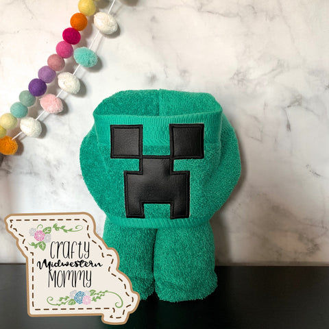 Block Game Creeper Hooded Towel