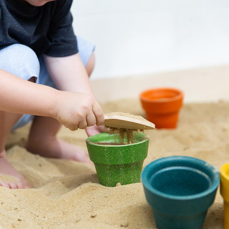 Plan Toys Flower Pot Set