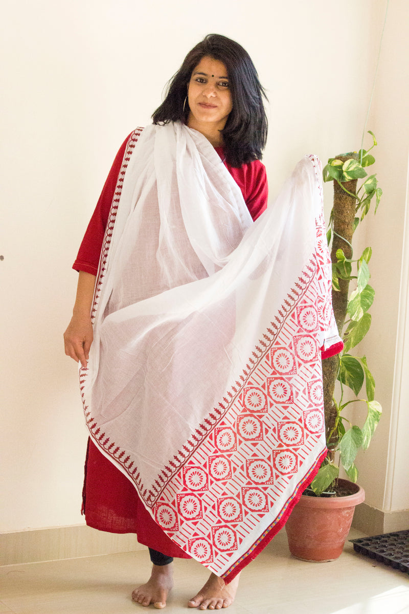 White-Red Block Print Dupatta - Panigh Tradition in You Jewellery